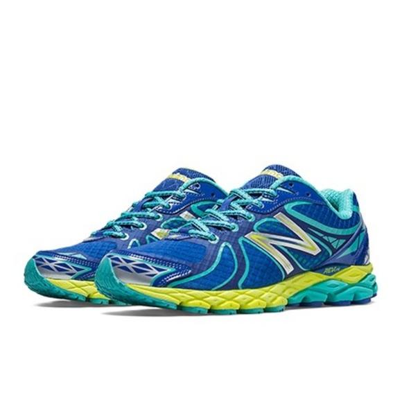 BFS $ EUC Women's New Balance 870 V3 Running Shoes